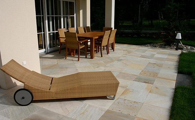 Piastrelle pietra lavica images pavimenti in pietra lavica